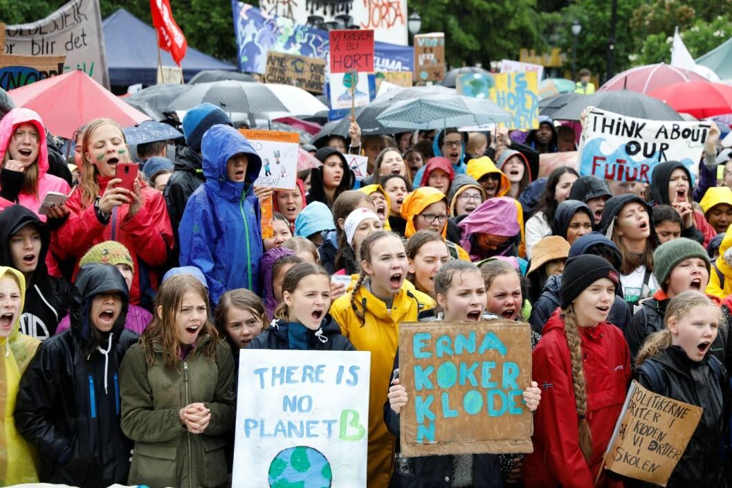 Barn og unge protesterer mot statsministerens klimapolitikk. Foto: Ole Berg-Rusten / NTB scanpix