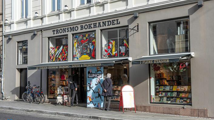 Det er lett å se at Tronsmo, i Universitetsgata 12, ikke er en kjedebokhandel. Foto: Hilde Kari Nylund