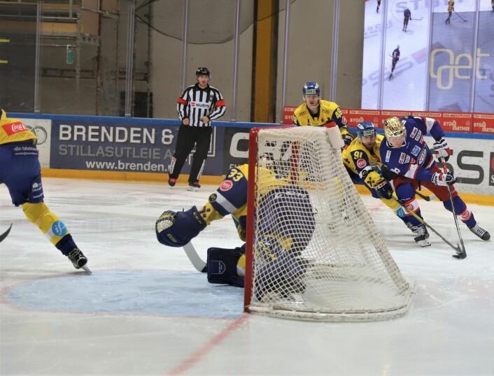 Thomas Olsen er stadig frempå for Vålerenga. Foto: André Kjernsli