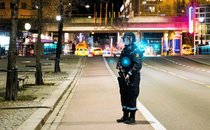 Oslopolitiet mener området rundt Star Gate på Vaterland har blitt tryggere siden utestedet måtte stenge høsten 2018. Her fra en politiaksjon i 2017. Foto: Fredrik Varfjell / NTB scanpix