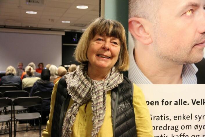 Astrid Kallhovd var en av de over 30 personene som tok turen til Deichman bibliotek denne torsdagen for å ta synstest og høre foredrag om øyehelse. Foto: Norges Blindeforbund