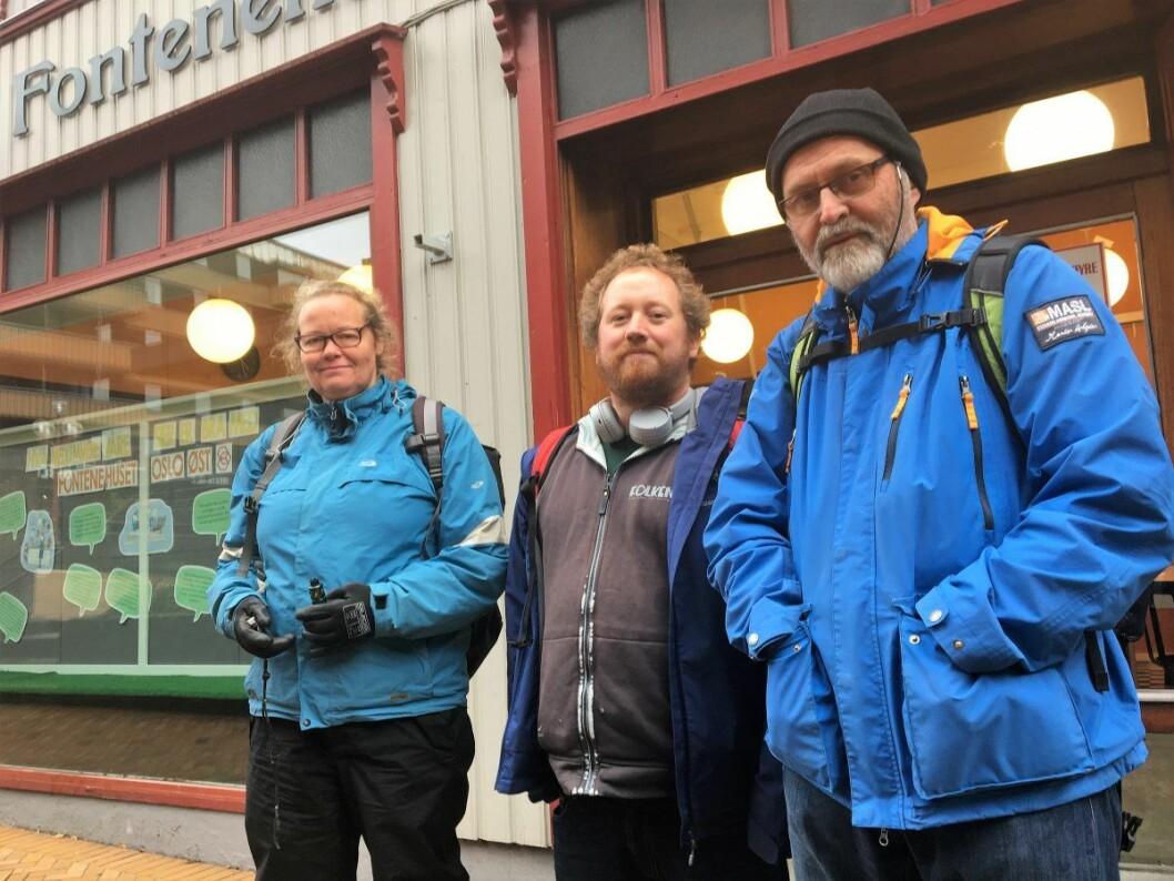 Lillian Engtrø, Christoffer Rekstad og Paul Erik Norton er alle fulle av lovord om Fontenehuset. Foto: Vegard Velle