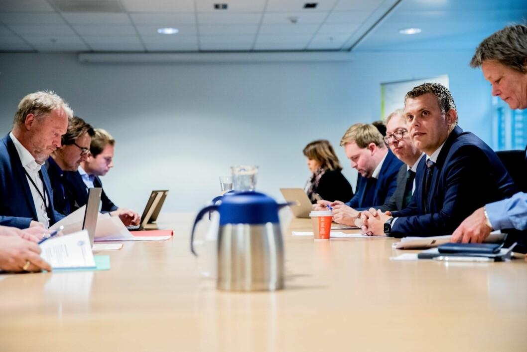 Byrådslederen i Oslo, Raymond Johansen, justis- og innvandringsminister Jøran Kallmyr (FrP) og politimester i Oslo, Beate Gangås (til v) vil diskutere voldshelgen. Foto: Stian Lysberg Solum / NTB scanpix