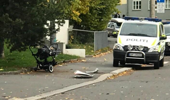 I den ville ferden over Torshov og Sandaker kjørte den kaprede ambulansen ned en barnevogn. De to åtte måneder gamle barna ble fraktet til sykehus, men skal ikke være alvorlig skadd. Foto: MIkkel Bay Vold