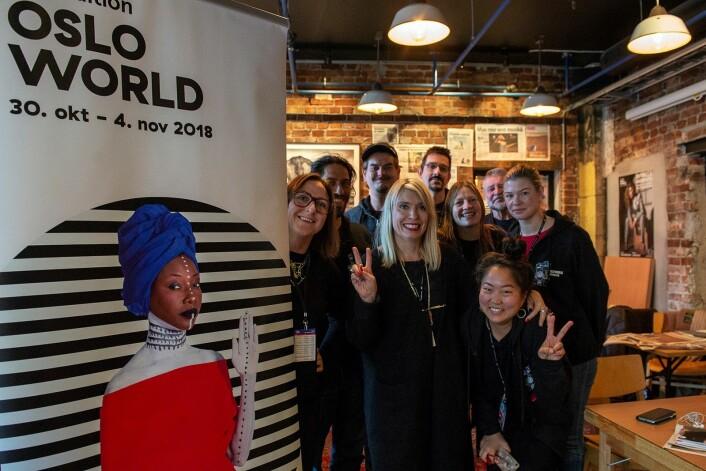 Oslo World fylte 25 i fjor. Her var gjengen som organiserte festivalen i 2018. Foto: Morten Lauveng Jørgensen