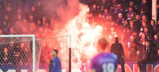 Uavgjort i rivaloppgjøret, Fotballforbundet reagerer på kasting av bluss og fyrverkeri