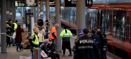 36-åring dømt til tvungent psykisk helsevern etter at han knivstakk tilfeldig passasjer på Oslo S