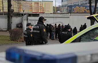 25 motdemonstranter pågrepet da de forsøkte å bryte sperringer ved høyreekstremt arrangement på Torshov