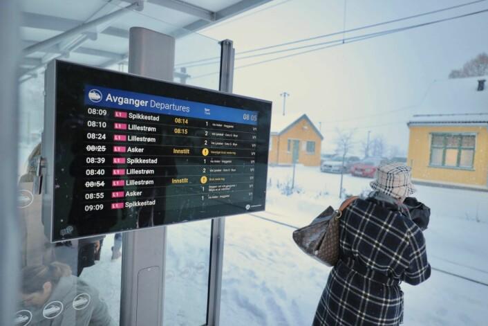 Det ble forsinkelser og kanselleringer i togtrafikken i Sør-Norge på grunn av feil på en sporveksel på Oslo S. Forsinkelsene gjelder både lokaltog og regionaltog. Foto: Ørn E. Borgen / NTB scanpix