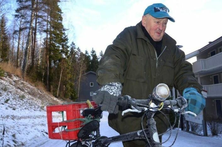 Ole-Bjørn med sykkelen - slik mange Nordstrandsfolk husker ham. Foto: Nina Schyberg Olsen, Nordstrands Blad