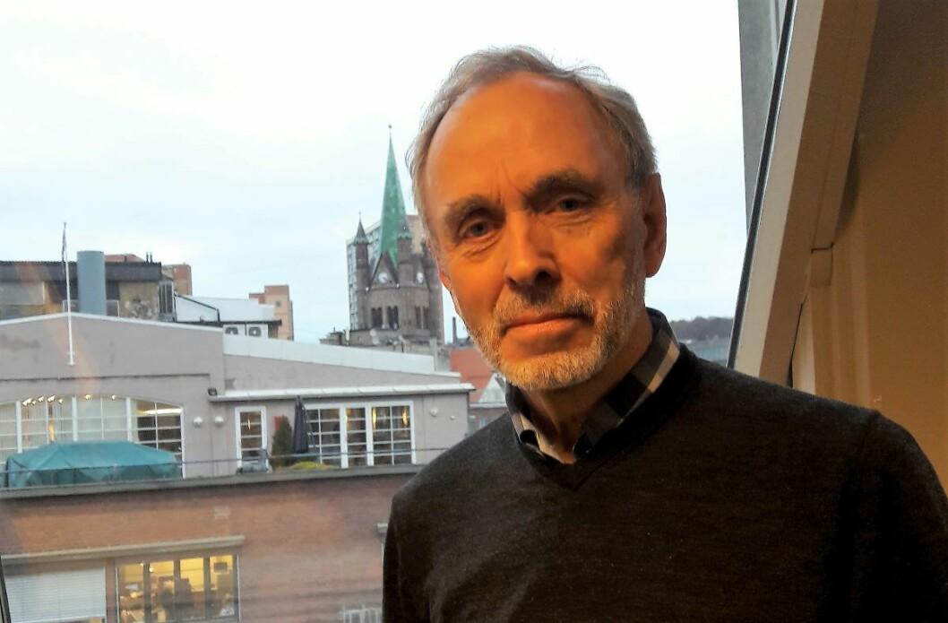 Ottar Julsrud ble bedt om å skrive Oslo Høyres historie fra 1985 og fram til i dag. Nå foreligger boka Høyre hånd på rattet. Foto: Anders Høilund
