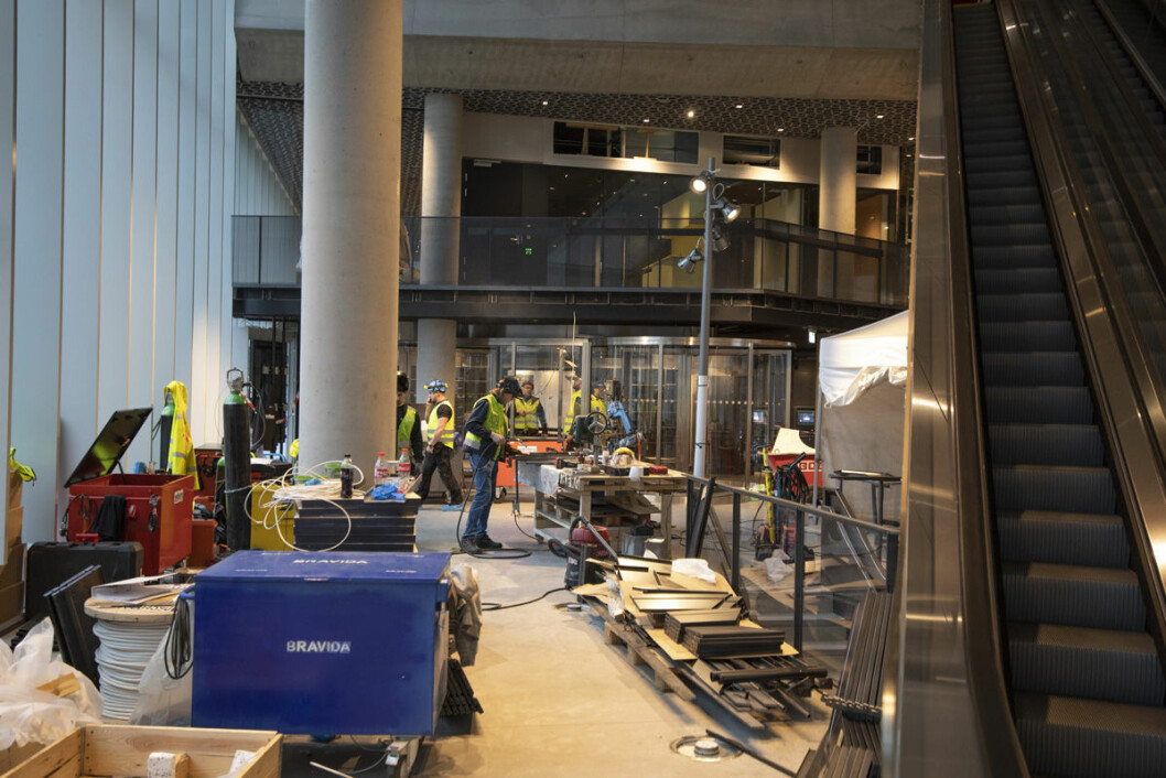 Det nye hovedbiblioteket i Bjørvika er ikke helt klart ennå, men den 28. mars neste år åpner dørene. Foto: Olav Helland