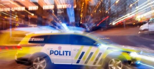 Politiansatt og fange skadet i trafikkulykke i Stenersgata