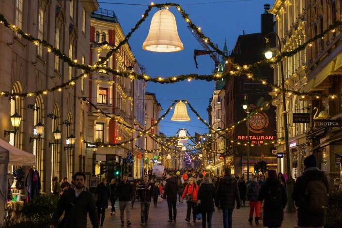 Lørdag 23. desember åpner julegata i Karl Johan. Ordføreren, julenissen og nissebarna fra Putti Plutti Pott kommer. Foto: VISITOSLO / Didrick Stenersen