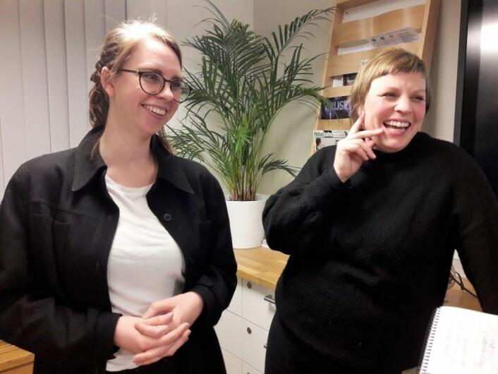 Line Flo og Marte Vike Arnesen fra Naboaksjonen hadde grunn til å smile etter møtet. De får god støtte i sin sak fra lokalmiljøet og fra bydelsutvalget Foto: Anders Høilund