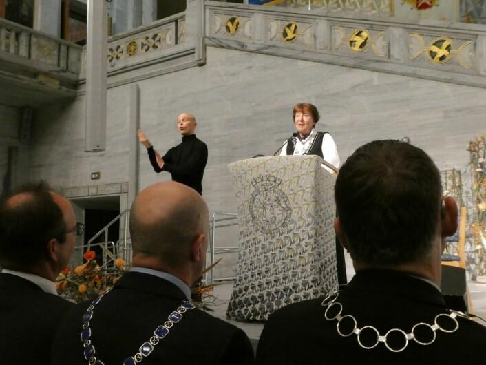 Ordfører Marianne Borgen ønsket velkommen til seremonien på Rådhuset. Foto: Ole Kristian Grønneng / Utdanningsetaten