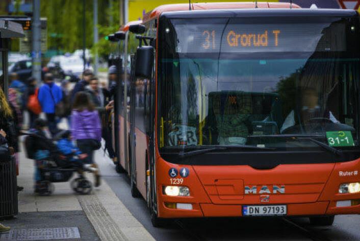 Det kan spøke for målet om en fossilfri kollektivtransport innen 2020, mener NHO. Foto: Ruter