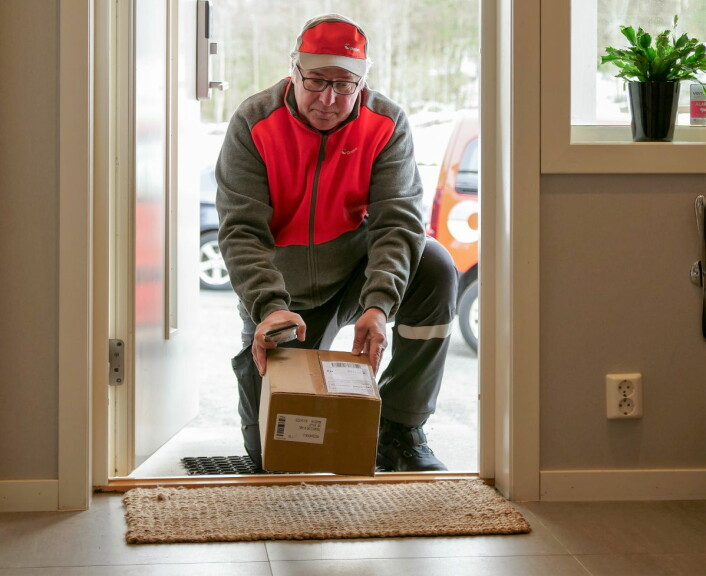 � Har du vansker med å komme deg på postkontoret, er hjemmelevering et veldig populært tilbud, ifølge Posten Norge. Foto: Posten