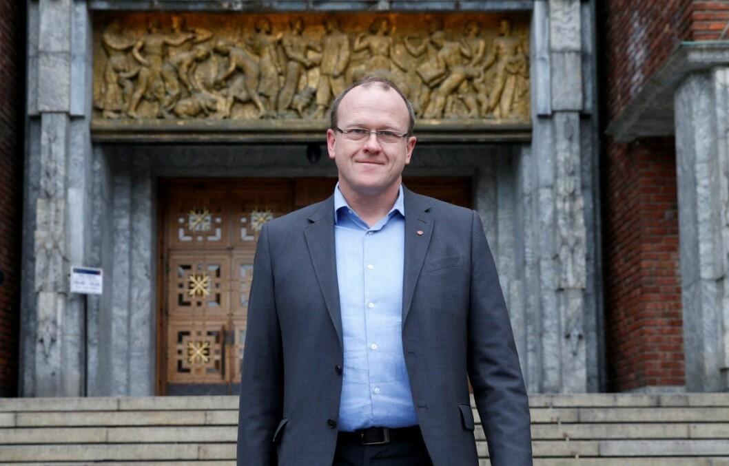 Det er uenighet innad i Arbeiderpartiet. Men nå har det største fylkespartiet, Oslo Ap og leder Frode Jacobsen, gått inn for å gi ureturnerbare flyktninger midlertidig arbeidstillatelse. Foto: Vidar Ruud / NTB scanpix