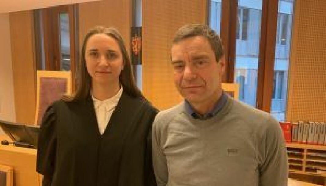 Nå får Ivar Grøneng saken sin opp for Høyesterett, etter seier og tap i de lavere rettsinstansene. Her sammen med advokatfullmektig Caroline Holst Kavli.