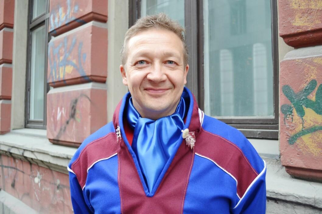 Sametingsrepresentant Tor Gunnar Nystad frykter at Samisk barnehage etter 33 år vil bli redusert til en samisk avdeling i en norsk barnehage.