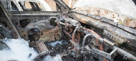 Biler brant ved Sinsen skole