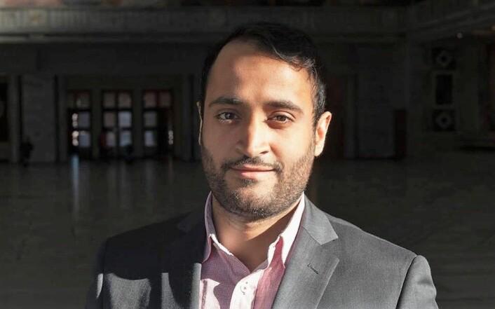 — Vi kan jo ikke stole på tall som folk kommer med på en serviett, sier Abdullah Alsabeehg (Ap) om FAUs beregninger, som viser at en paviljongskole koster omlag 24 millioner kroner. Foto: Stig Ark