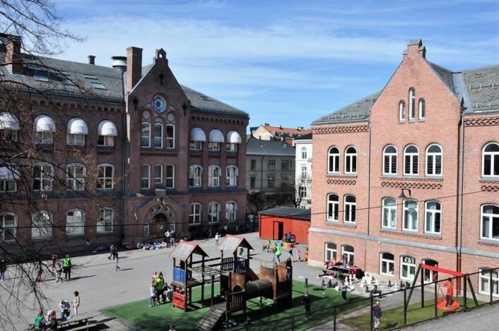 Bolteløkka skole skal totalrehabiliteres. I de to og et halv årene arbeidene pågår vil skolen være helt stengt. Foto: Arnsten Linstad
