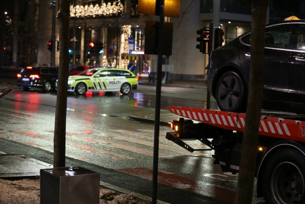 Påkjørselen skal ha skjedd i et fotgjengerfelt i Dronning Eufemias gate. En 39-årig sjåfør har fått førerkortet beslaglagt inntil videre. Foto: Ørn E. Borgen / NTB scanpix
