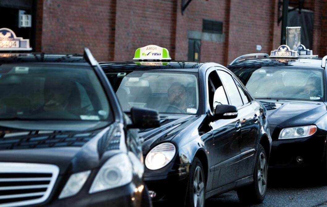 � Vi bokset bilen inne, altså politibiler på alle sider av bilen. Han forsøkte å presse seg mellom to politibiler, men vi fikk raskt kontroll på ham, forteller politiets operasjonsleder Tor Gulbrandsen. Illustrasjonsfoto: Aleksander Andersen / Scanpix