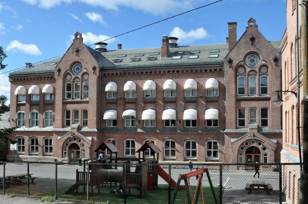 Onsdag avgjør bystyret om over 400 elever ved Bolteløkka skole skal fraktes med buss til Brynseng i to og et halvt år eller om de skal gå på paviljongskole i nærmiljøet. Foto: Arnsten Linstad