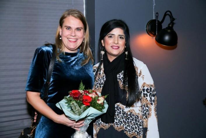 Stortingsrepresentant fra Oslo, Siri Gåsemyr Staalesen (Ap) holdt åpningstale. Her med Bydelsmødrenes leder og grunlegger, Nasreen Begum. Foto: Shahbaz Qazi Mohammad