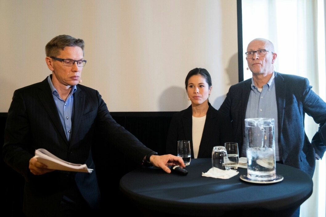 Miljøbyråd Lan Marie Berg (MDG) sammen med direktør Hans Petter Karlsen i Energigjenvinningsetaten (til høyre) og advokat Gunnar Holm Ringen i PwC. Foto: Berit Roald / NTB scanpix