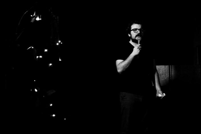 Domenico Nocerino på Illegal Comedy. Foto: Tone Brandal