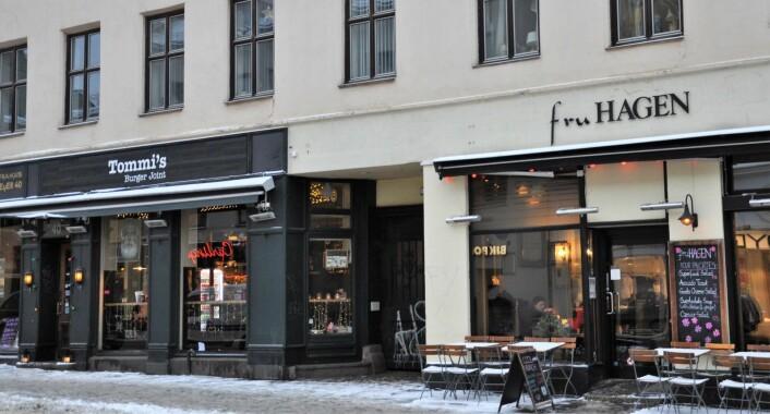 """Fru Hagen i Thorvald Meyers gate var ett av de første """"hippe"""" utestedene på Grünerløkka for over 20 år siden. Noen år senere åpnet Bistro Brocante i lokalene som nå huser Tommi`s Burger Joint. Foto: Arnsten Linstad"""