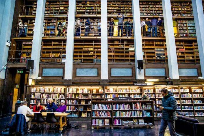 Mange leseløver tok turen innom Deichman på Hammersborg på den siste dagen. Foto: Stian Lysberg Solum / NTB scanpix