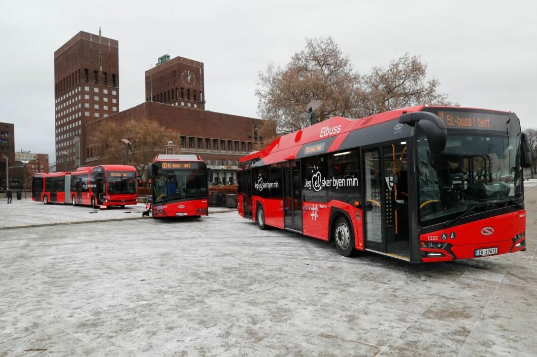 uters spisskompetanse på å koordinere kollektivtrafikk vil komme godt med dersom folk må evakueres fra Oslo, mener selskapet selv. Evakueringsplaner skal være klare, og det skal holdes en kriseøvelse i januar. Bildet viser de nye elbussene som ble satt inn i 2017. Arkivfoto: Cornelius Poppe / NTB scanpix
