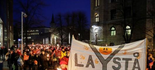 1.500 i protest mot riving av Y-blokka