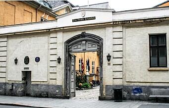 Forsvarsdepartementet vil selge gamle Krigsskolen i Tollbugata 10. Oslo Byes Vel er sterkt imot