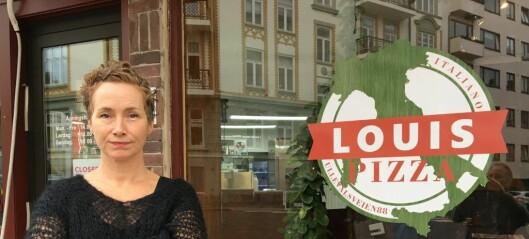 Live Glesne Kjølstad ansatte en flyktning med norsk skattekort og personnummer. I dag må hun møte i retten