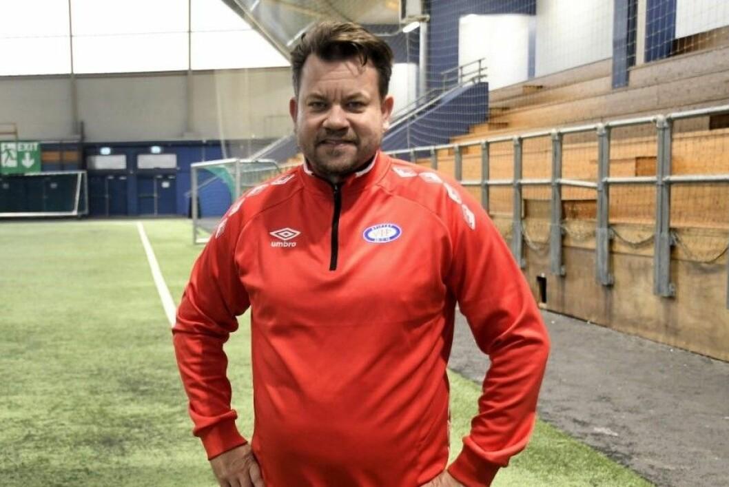 Danske Jack Majgaard Jensen (46) er treneren som skal ta Vålerenga-jentene ut i Champions League-eventyret. � Vi kan slå de fleste, mener dansken. Foto: Christian Boger
