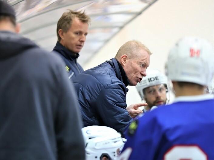 Roy Johansen tok time-out uten at det så ut til å hjelpe stort. Foto: André Kjernsli