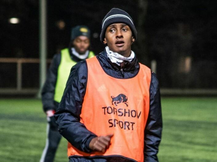 24 år gamle Hassan Yusuf regnes som en av veteranene på Skeid. Han debuterte på A-laget i april 2013, og har blitt en av lagets mest populære spillere. Foto: Bjørnar Morønning