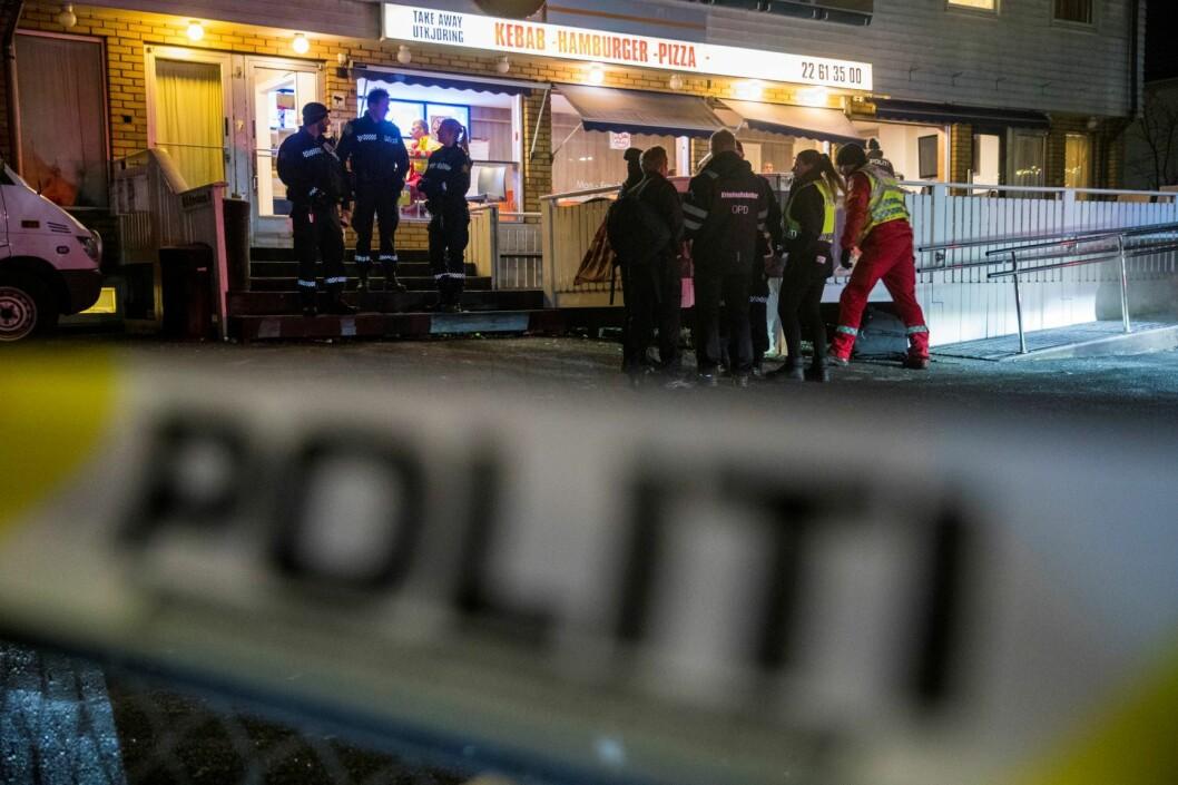 Halil Kara (21) ble skutt og drept ved Prinsdal Grill sørøst i Oslo sent fredag kveld. En mann er siktet og etterlyst for drapet. Foto: Terje Pedersen / NTB scanpix