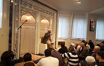 Min første fredagsbønn i moskeen