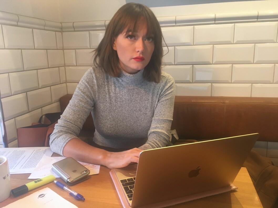 Eva Sørensen burde nå vært fullt opptatt med å fullføre innspurten på masterstudiet, men bruker dagene på saksbehandlingen hos NAV. Foto: Vegard Velle