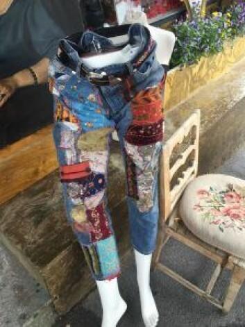 Skal det være en lappete jeans. Foto: Jenny Juve