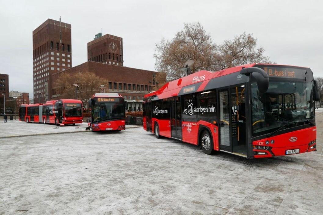 Flere bussruter i Oslo sør skal snart ut på anbud. Ett av punktene i Ruters kontraktsforlag er truslene om bot på en halv million hvis busselskap uttaler seg i media. Foto: Cornelius Poppe / NTB scanpix