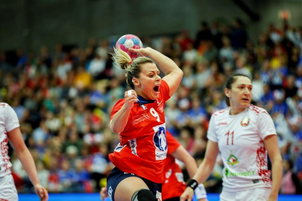 Nora Mørk (her mot Hviterussland) kan ha vært en inspirasjonskilde for mange foreldre. Foto: Vidar Ruud / NTB scanpix
