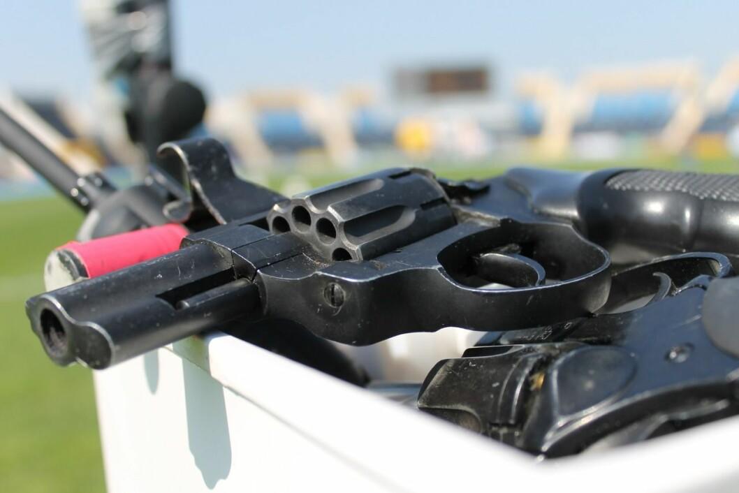 Politiet fant en rekke ombygde startpistoler. Illustrasjonsfoto: Pxhere